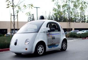 Google-bezpilota-auto