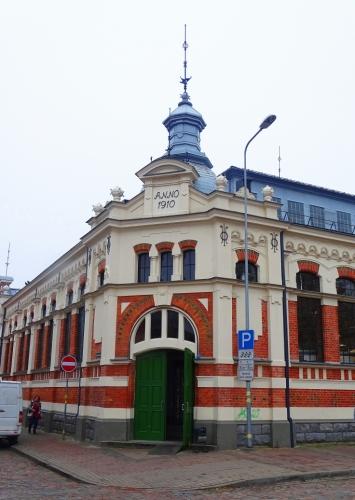 3-Liepaja-tirgus-nams