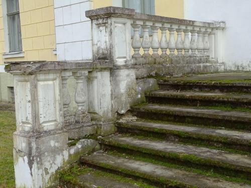 Lielauces-pils-kāpnes